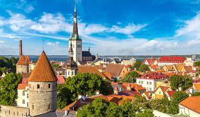 Pohled na historické centrum Tallinu