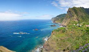 Divoké severní pobřeží Madeiry