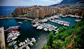 Pohled na monacký přístav