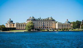 Plavba k paláci Drottningholm