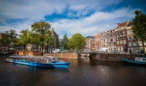 Projížďka lodí po amsterdamských grachtech