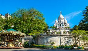 Bazilika Sacré Coeur a slavný kolotoč na Montmartru