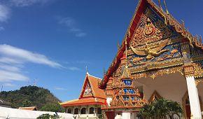 Jeden z chrámů v Phuketu