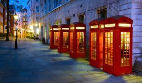 Ikonické telefonní budky v londýnské Covent Garden
