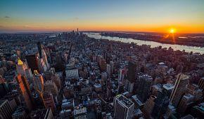 Výhled z Empire State Building se západem slunce