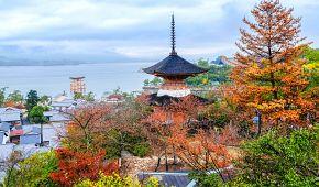 Ostrov Mijadžima s plovoucí bránou svatyně Icukušima-džindža