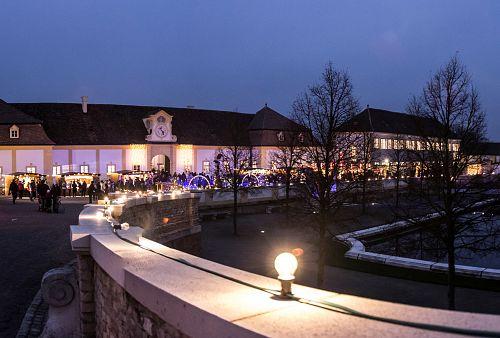 Advent na zámku Hof <small>(autobusem z Brna)</small>