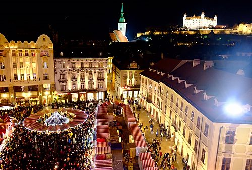 Adventní Bratislava + BUDAPEŠŤ + VÍDEŇ (autobusem z Prahy)