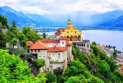 Italské Švýcarsko + LICHTENŠTEJNSKO (autobusem)