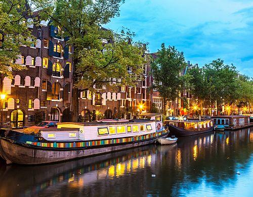 Amsterdam vás dostane