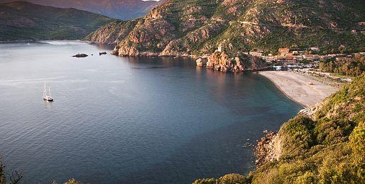 Korsika autobusem