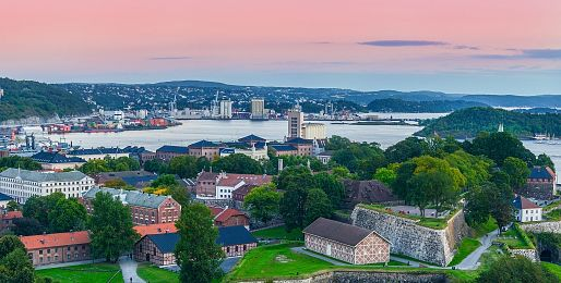 Oslo letadlem a autobusem