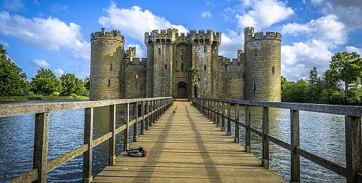 Zájezdy do Anglie na hrady a zámky letecky z Ostravy