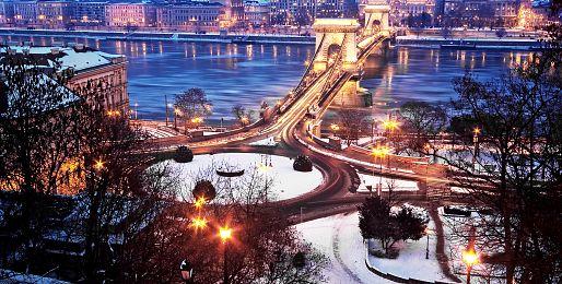 Adventní Budapešť autobusem