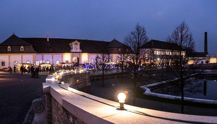 Advent na zámku Hof
