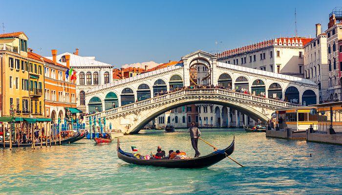 To nejkrásnější z Benátek + VERONA + CINQUE TERRE + LAGO DI GARDA