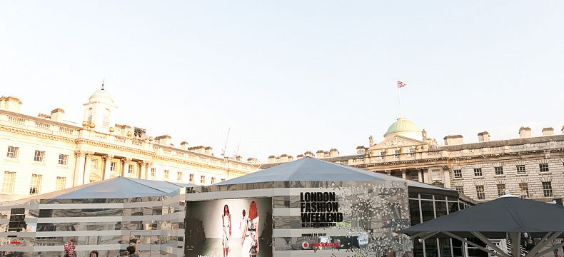 Dějiště London fashion weekendu: Somerset house