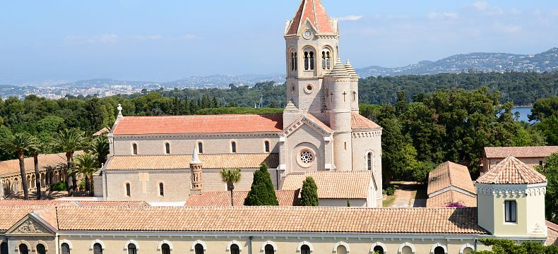 Ostrov Saint Honorat