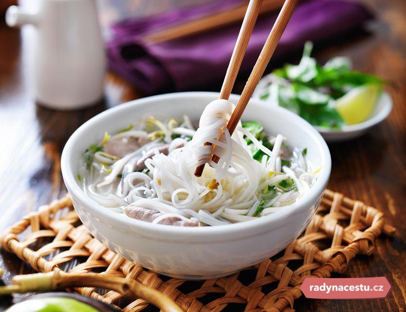Rýže a rýžové nudle jsou základem většiny jídel