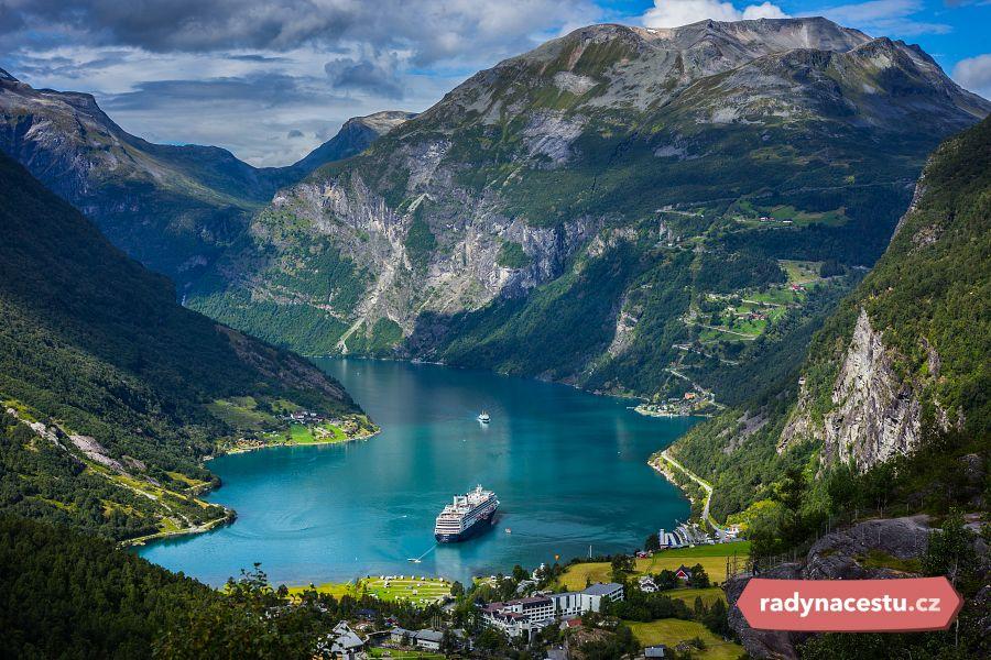 V plánu mají přejít pěšky celé Norsko z jižního na severní cíp.