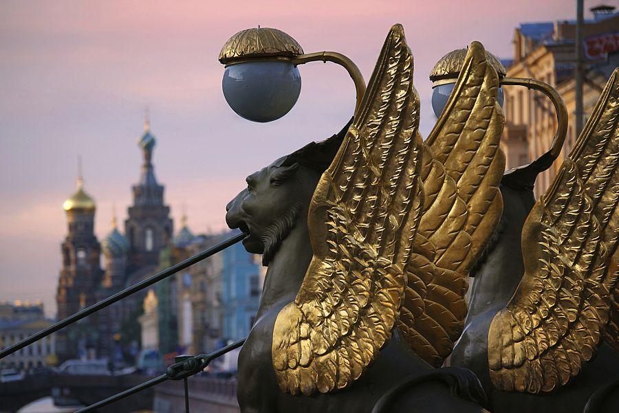 Petrohrad večer