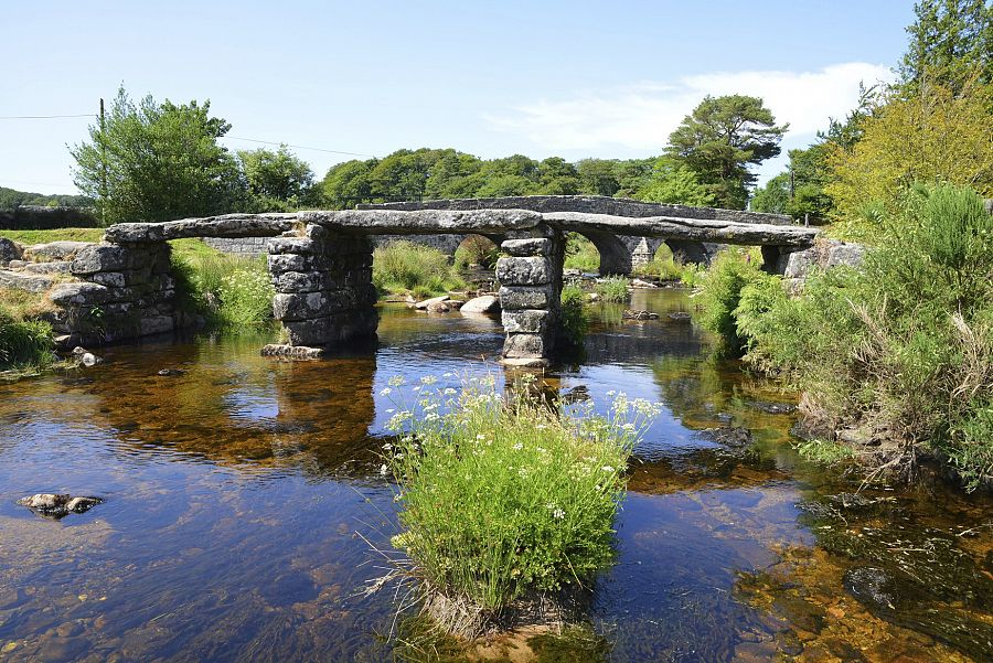 Cornwall_Postbridge_Clapper_bridge_1.jpg