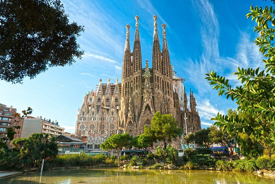 Barcelona_Gaudiho_Sagrada_Familia.jpg