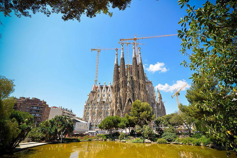 Barcelona_Sagrada_Familia_Pavel_Spurek.jpg