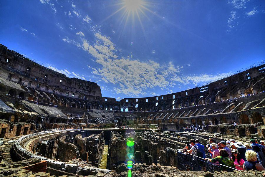 Rim_Koloseum_interier_Radynacestu_Pavel_Spurek_2015.jpg