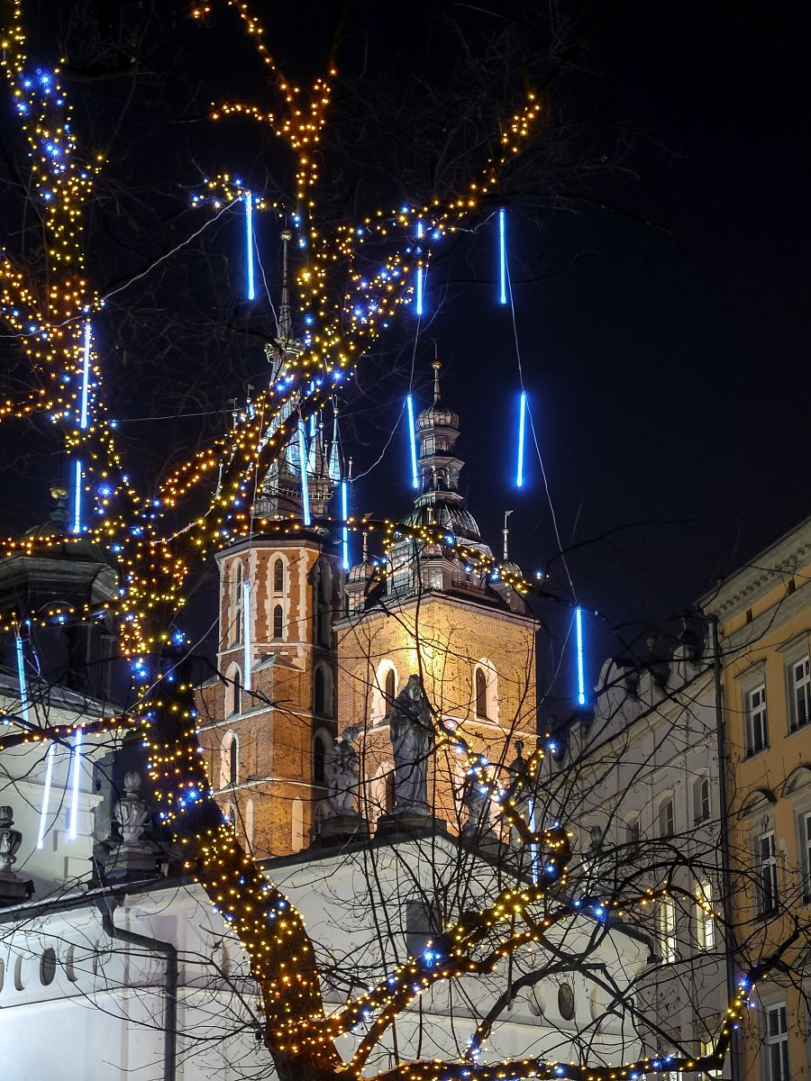 Krakow_vyzdoba_Wawel_Shutterstock.jpg
