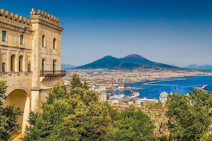 Italie_Neapol_Shutterstock.jpg