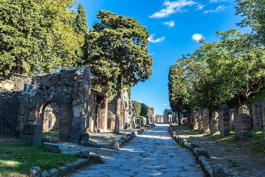 Italie_Pompeje_ulicka_Shutterstock.jpg