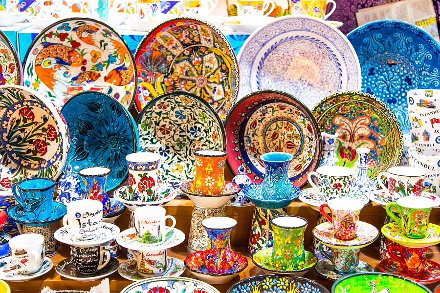 Istanbul_Velky_bazar_keramika.jpg