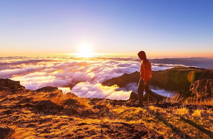 Madeira_trek_Pico_Arreiro_Pico_Ruivo.jpg