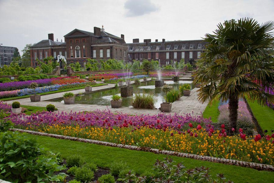 Královský hrad Kensington s parkem