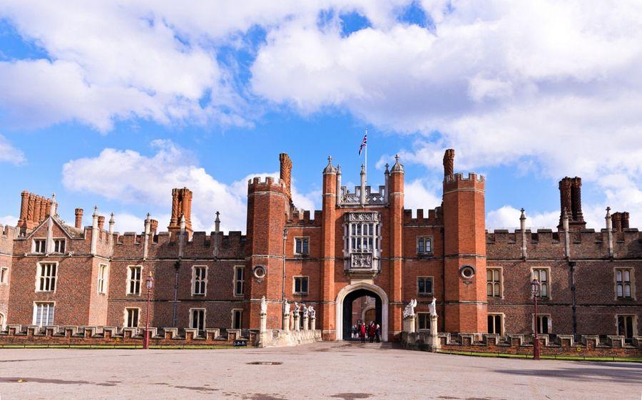 Hampton Court hlavní brána