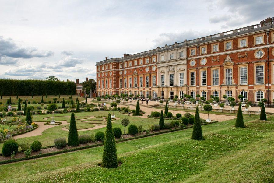 Královské sídlo Hampton Court