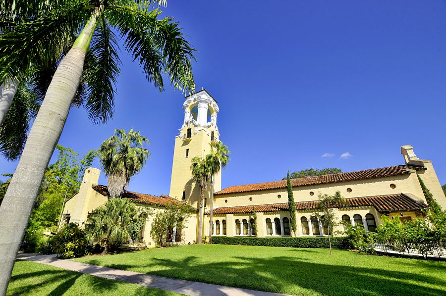 Miami_Coral_Gables_Congregational_Church.jpg