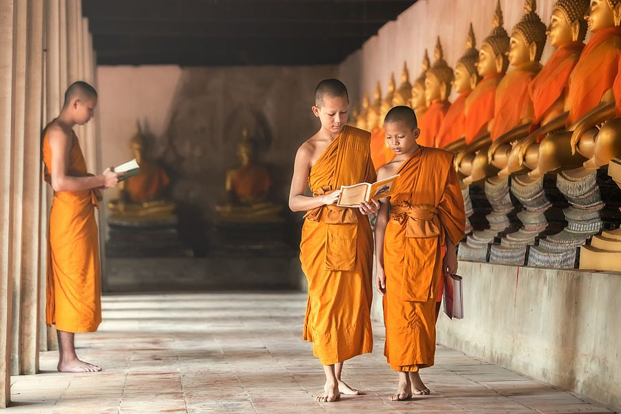 Thajsko_Bangkok_mniši