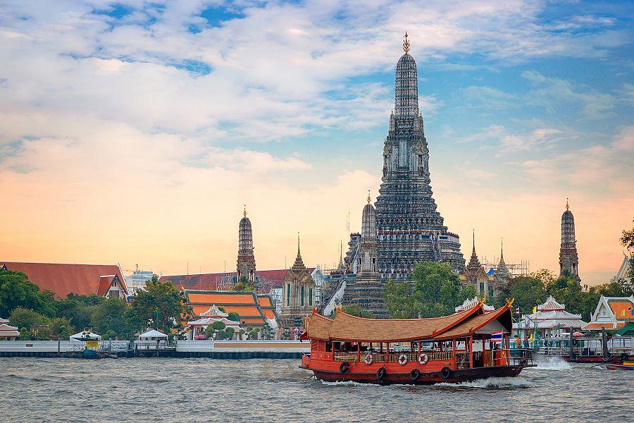 Thajsko_Bangkok_řeka_Chao_Phraya