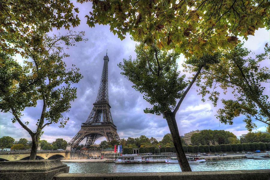 Eiffelovka_podzim_Pavel_Spurek_Radynacestu.jpg