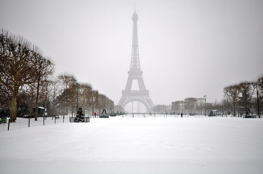 Eiffelova věž v zimě