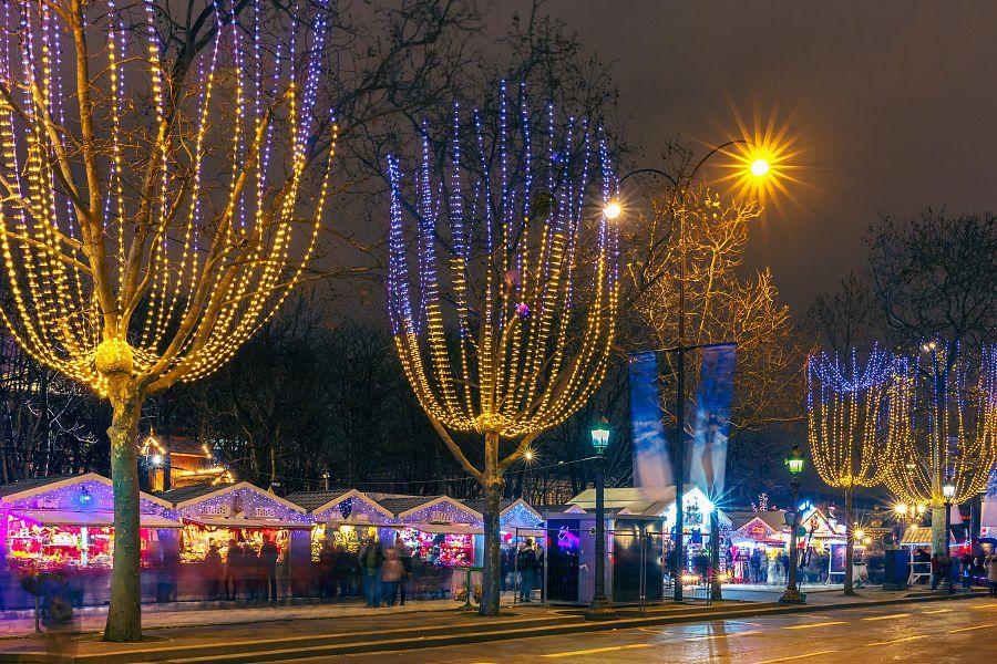 Vánoční Champs Elysees