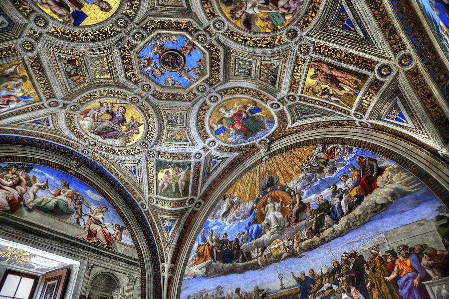 Rim_Vatikanska_muzea_interier_Radynacestu_Pavel_Spurek.jpg