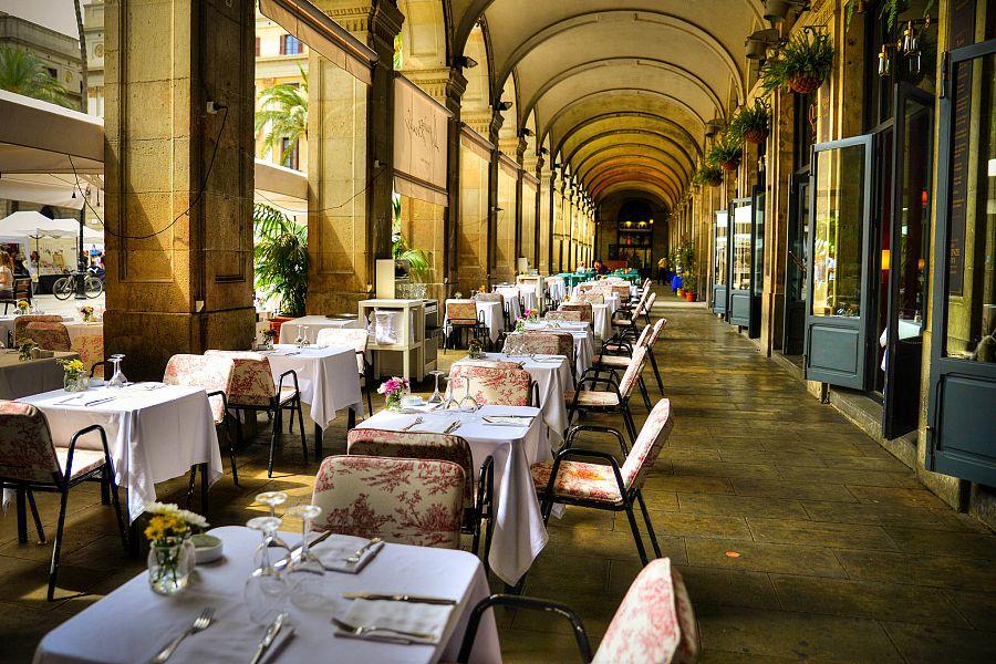 Barcelona_restaurace_Radynacestu_Pavel_Spurek.jpg