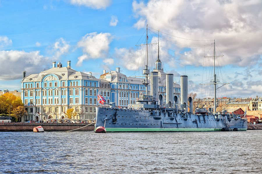 St. Petersburg, Russia, Aurora cruiser, the battleship sparkled Great October Communist Revolution