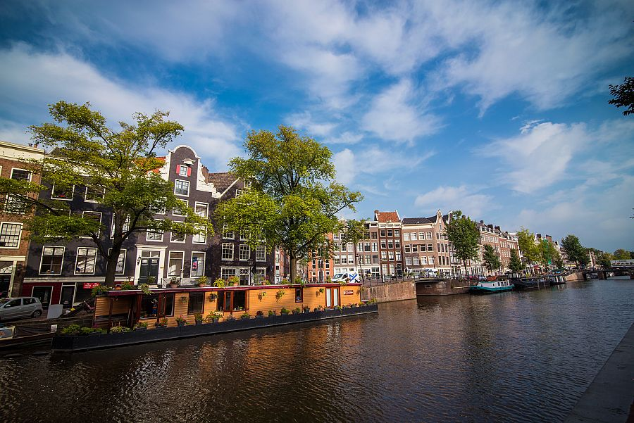 Holandsko_Amsterdam_kanal_u_domu_Anne_Frankove_Radynacestu_Pavel_Spurek.jpg