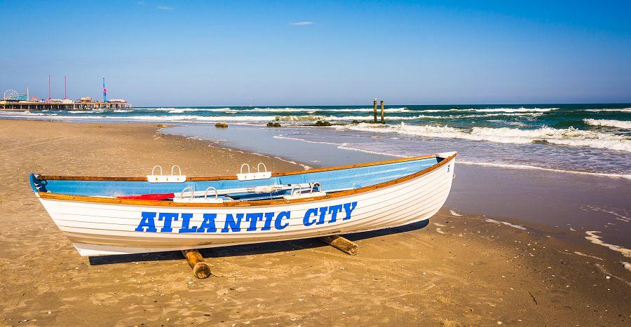 Pláž Atlantic City v New Jersey