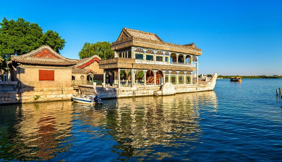 Peking - mramorová loď