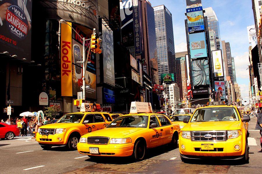 New_York_Times_Square_Flickr_Prayitno.jpg